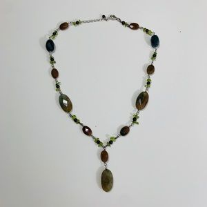 Jewelry - Authentic agate and jade necklace.
